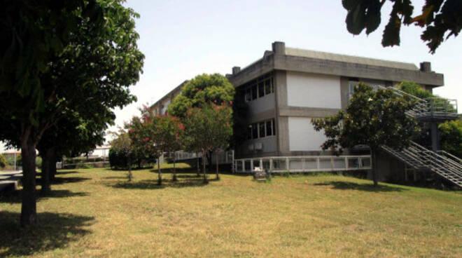 public/img/edifici/135353745400.jpg