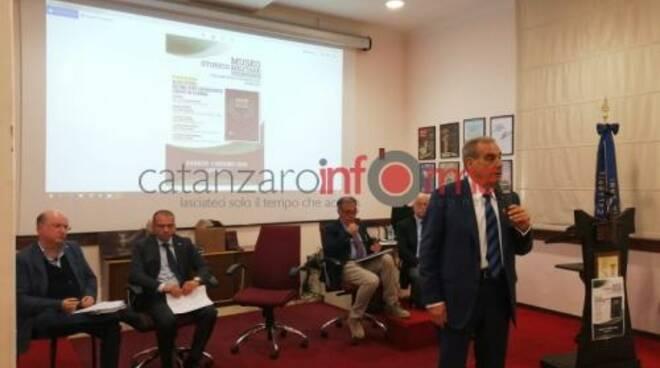 public/img/varie/alboorocadutiinguerracatanzaresi201961122914000_1.jpg