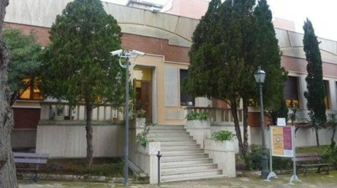 public/img/edifici/201112013219251_1.jpg