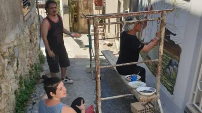 public/img/varie/muralesgagliano22019730172464300_1.jpg