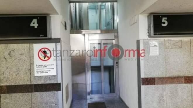public/img/varie/ascensoristazionelido2019925134483900_1.jpg