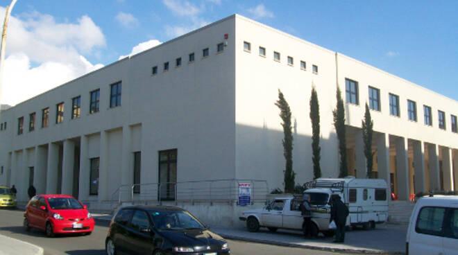 public/img/edifici/174473952500.jpg