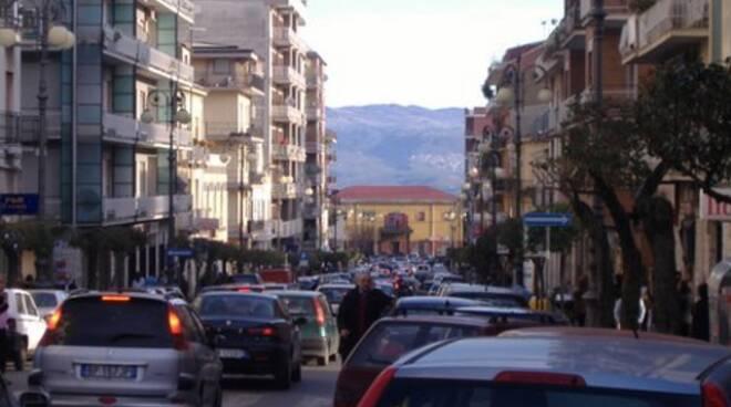 viale stazione traffico
