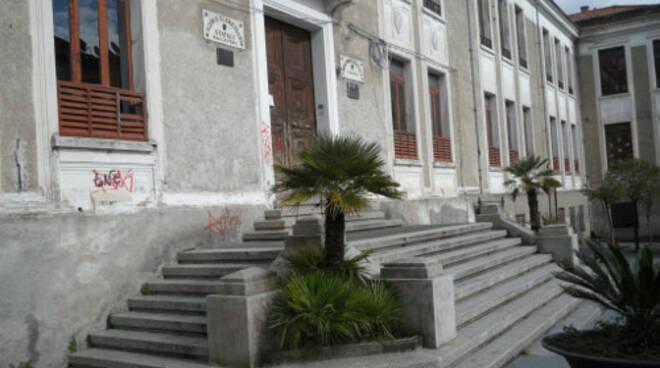 public/img/edifici/135558036600.jpg