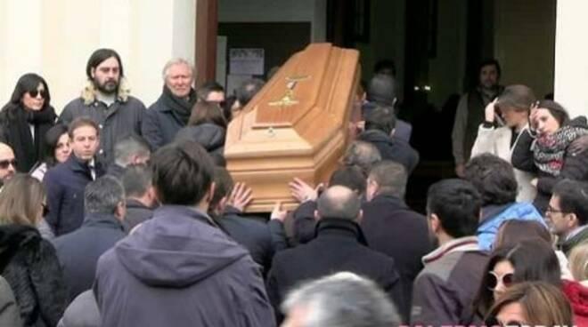 public/img/varie/funeralipeppenicoletti202018173711000_1.jpg