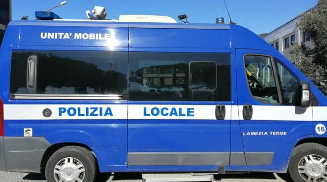 mezzo polizia locale