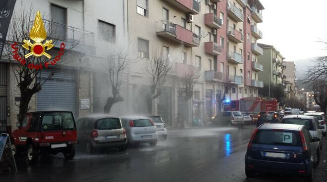 Rottura idrica Via Cattaneo Cosenza