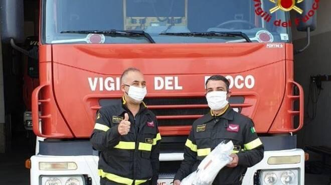 mascherine vigili del fuoco