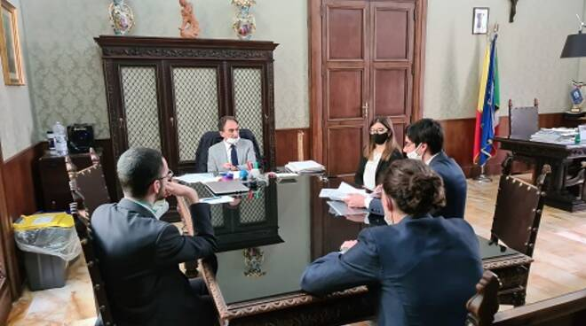 riunione siciliani
