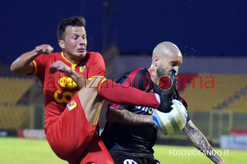 Catanzaro vs teramo play off