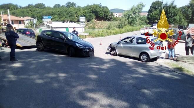 Scontro tra due auto a Chiaravalle centrale