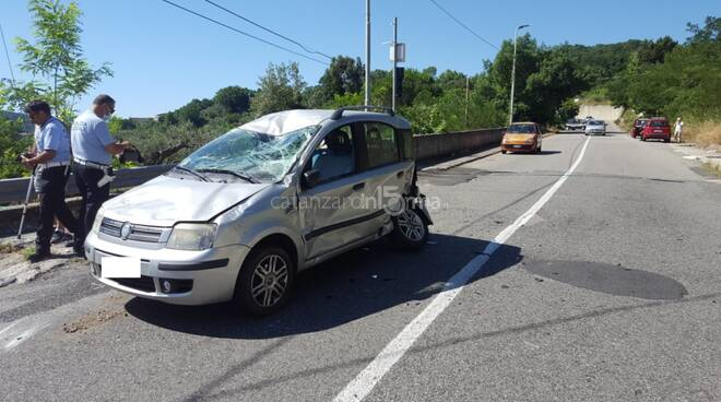 incidente stradale a janò ferita donna