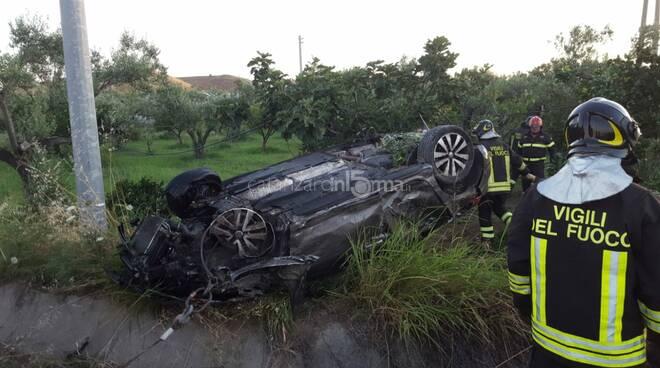 Incidente stradale a Simeri Crichi