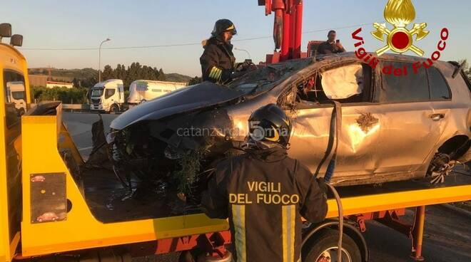 Incidente stradale a Simeri Crichi
