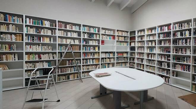 biblioteca Carlopoli