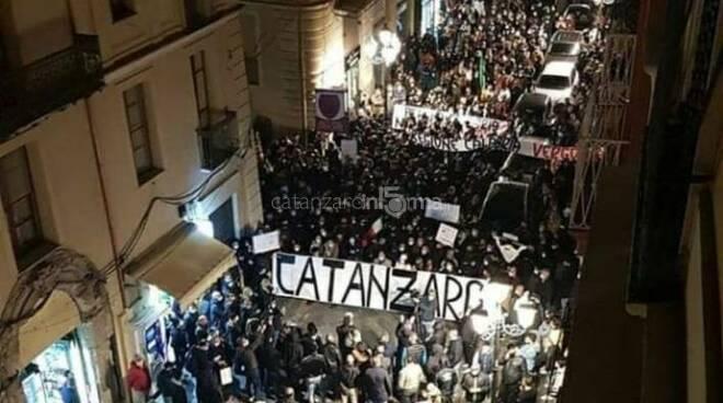 Manifestazione Pizza Prefettura 9 novembre