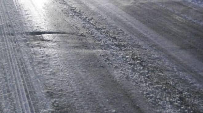 strada gelo