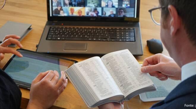 Testimoni di Geova, il 27 marzo milioni di persone collegate online per ricordare la morte di Gesù Cristo