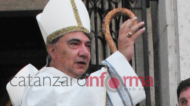 Don Mimmo Battaglia   vescovo di Napoli