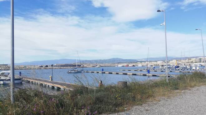 Porto Catanzaro, pontili