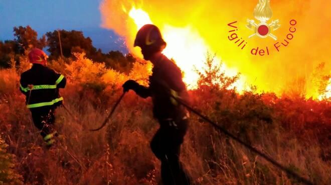 incendio vigili del fuoco catanzarese