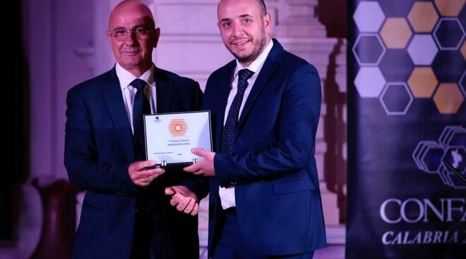 Il Premio Alveare 2021 assegnato al Ristorante Agorà dello chef Michele Rizzo