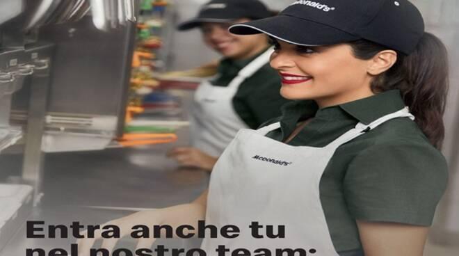 McDonald's assume personale