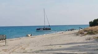 Profughi sbarcati a Catanzaro e Badolato